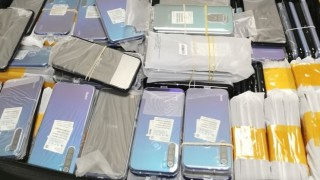 """Контрабандни смартфони за над 90 хил. лв. откриха при 2 проверки на """"Капитан Андреево"""""""