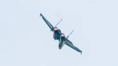 Руски Су-27 срещу 4 британскисамолета над Черно море