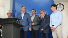 """""""Нелигитимният"""" член Кузов повлече оставки в ДПС"""