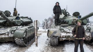 """В нета взеха на подбив демонстрация на """"бойната мощ"""" на Украйна"""