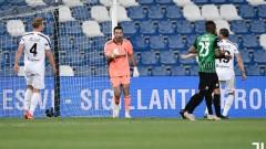 Ювентус с два гола по-добър от Сасуоло, Буфон хвана поредна дузпа в кариерата си