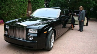 Повишен интерес към индивидуалните поръчки отчита Rolls-Royce