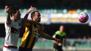 Торино прибягва до услугите на опитния Пацо