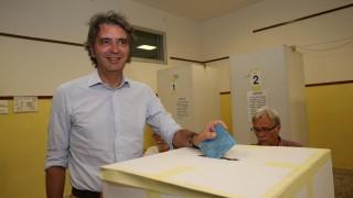 Силно представяне на десницата на местните избори в Италия