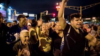 """Венецуела """"изгуби"""" половината си икономика"""