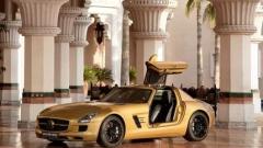 """Mercedes създаде """"златен"""" SLS AMG"""