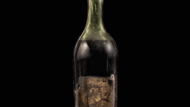 Бутилка Gautier Cognac от най-старата реколта, предлага на търг, бе