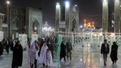 Иран с над 100 000 смъртни случаи от COVID-19