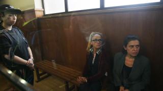 Иванчева и Петрова излизат от ареста с гривни