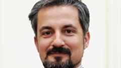 Полиглот ще е първият министър на електронното правителство