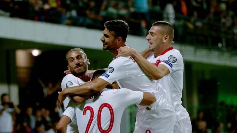 Националният отбор на Турция продължава с отличното си представяне в