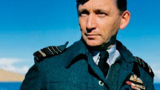 Британски летци свалят униформите в града