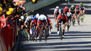 Петер Саган беше изваден от Тур дьо Франс след неспортсменска проява