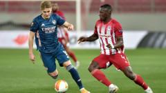 Арсенал безмилостен срещу Олимпиакос в Пирея