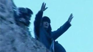 Кадафи: Пейте, танцувайте, ще победим