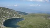 Багер на Седемте рилски езера възмути туристите