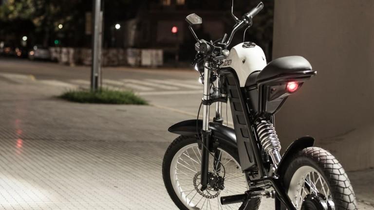 Индийската компания, която планира произвежда по един е-скутер на всеки две секунди