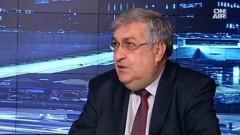 Проф. Близнашки: Естествен изход от ситуацията с Радев е оставка