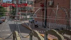 Коронавирус: След затварянето на училищата Пекин отмени и полети