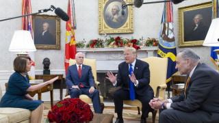 Тръмп и демократите се скараха за стената