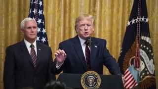 Тръмп иска да се срещне с информатора, подал сигнала за изнудването на Зеленски