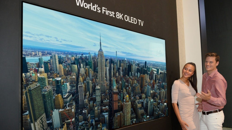 Снимка: Бъдещето на телевизорите: Огромни 8K екрани за над $10 000