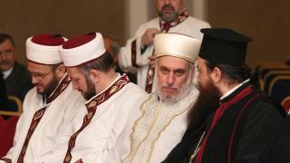 Главният ни мюфтия амбициран да покаже реалното лице на исляма
