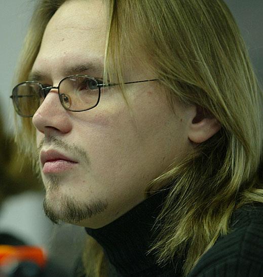 Максим Стависки отблизо