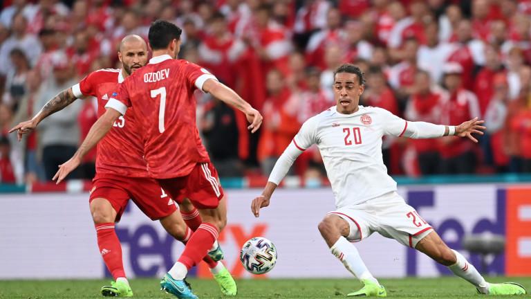 Русия - Дания 1:4 (Развой на срещата по минути)