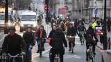 Транспортът във Франция спря в протест срещу пенсионните реформи на Макрон