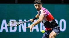 Григор Димитров на 1/4-финал в Акапулко след два спасени мачбола срещу Адриан Манарино