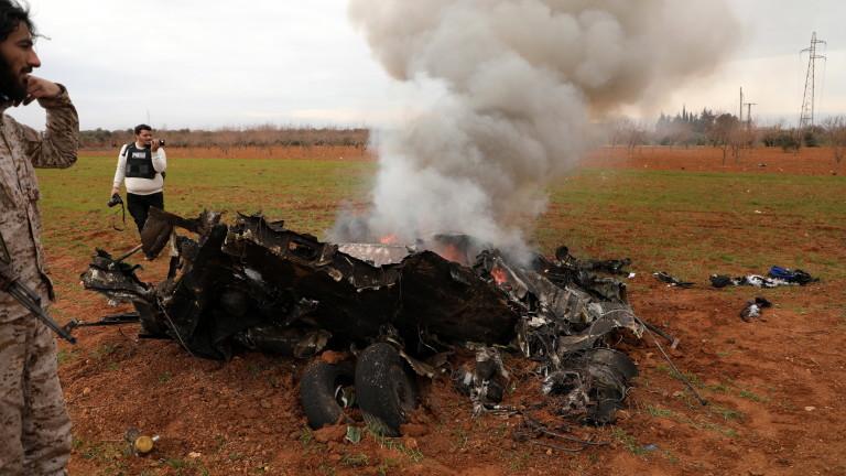 Подкрепяни от Турция бунтовници са свалили сирийски правителствен хеликоптер в