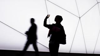 Технологични компании отменят участията си във все повече събития