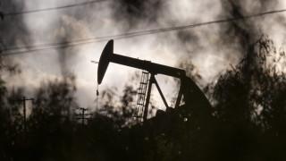 """MAE: Петролният пазар ще се възстанови """"най-рано"""" след две години"""