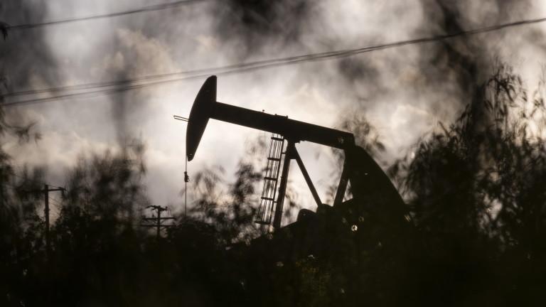 Как едно военно примирие в Северна Африка застрашава петролния картел ОПЕК