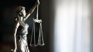 """Поискаха отстраняване на прокурор от Ямбол, обвинен за върната """"арестувана"""" кола"""