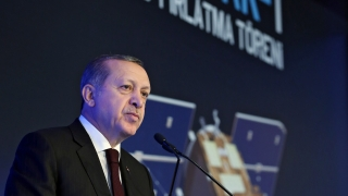 Ердоган сравни битката за укрепване на лирата с борбата срещу терористите