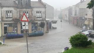 Отводняват Търговище след вчерашния проливен дъжд