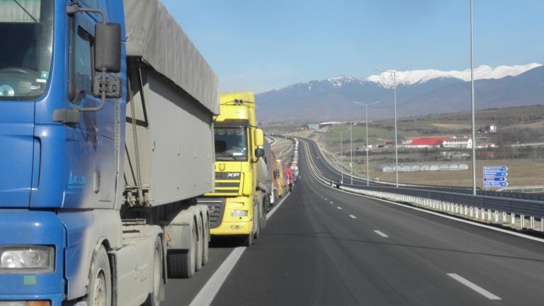 Снимка: Подменят софтуера на граничните пунктове в България