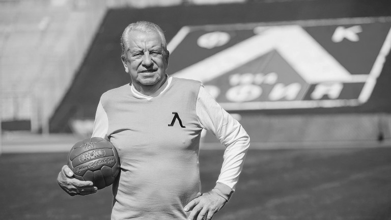 Снимка: Почина Александър Костов