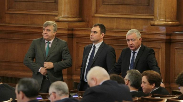 Кой пръв ще направи комисия за картелите - ГЕРБ или БСП?