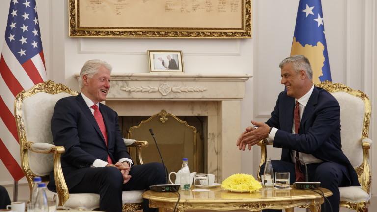 Косово награди Бил Клинтън за операцията преди 20 г.