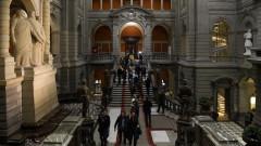 В Швейцария водят битка за нови изтребители