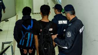 Заловиха полицаи, организирали канал за трафик на бежанци