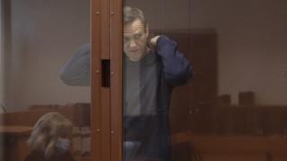 Навални се зарече да съди руския затвор, отказали му достъп до Корана