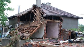 Въвеждат задължителна застраховка срещу бедствия?