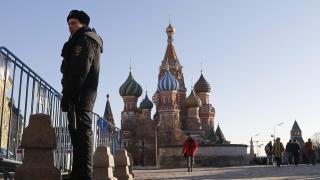 Русия печели $813 милиона от приватизацията на производител на диаманти