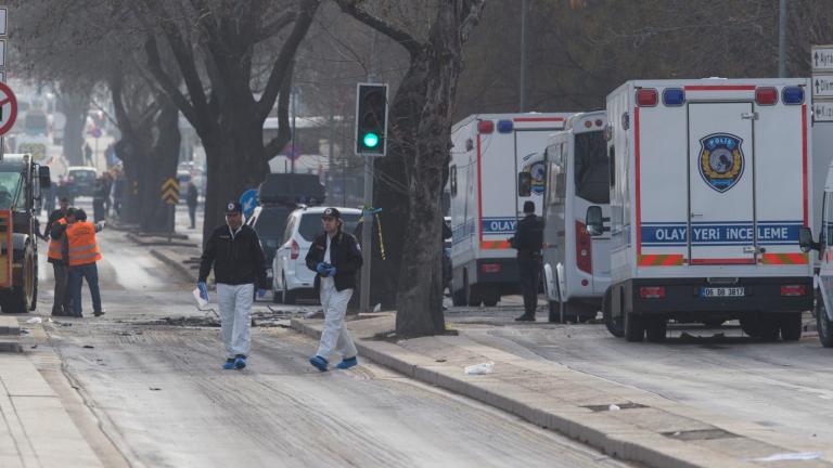 Задържаха кола с половин тон експлозиви в Диарбекир