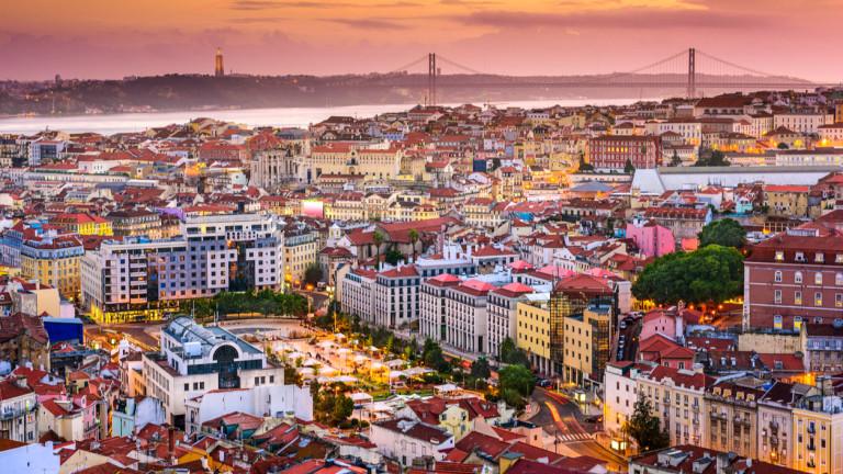 Социалистическото правителство на Португалия предложи в сряда повишаване на месечната