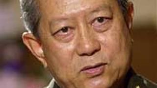 Готвят 62-годишен генерал за премиер на Тайланд?
